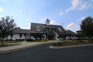 clubhouse_front